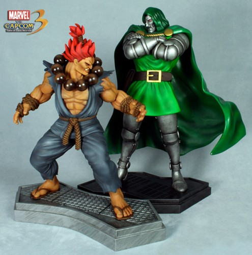 Estatua Hollywood collectibles criticsight akuma y dr doom