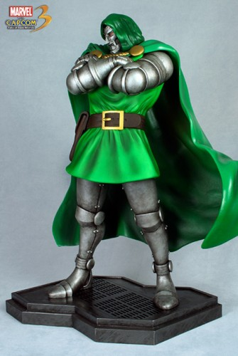 Estatua Hollywood collectibles criticsight dr doom 1