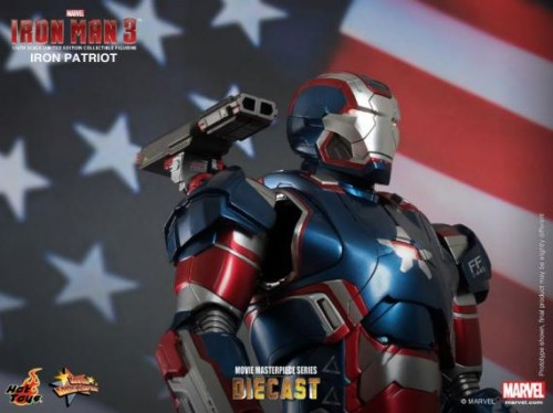 IRON PATRIOT IRON MAN 3 FIGURA HOT YOYS CRITICSIGHT IMAGEN 13