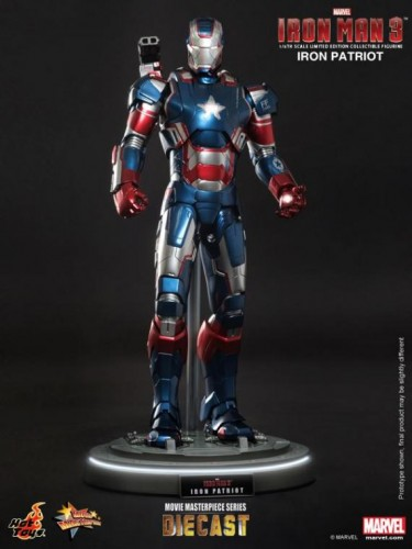 IRON PATRIOT IRON MAN 3 FIGURA HOT YOYS CRITICSIGHT IMAGEN 3