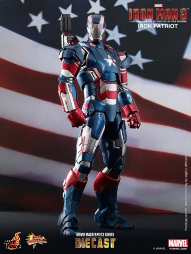 IRON PATRIOT IRON MAN 3 FIGURA HOT YOYS CRITICSIGHT IMAGEN 4