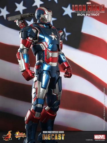 IRON PATRIOT IRON MAN 3 FIGURA HOT YOYS CRITICSIGHT IMAGEN 5