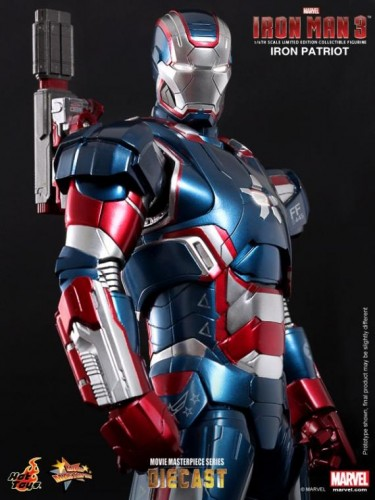 IRON PATRIOT IRON MAN 3 FIGURA HOT YOYS CRITICSIGHT IMAGEN 7