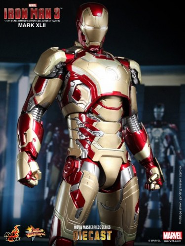 Iron Man 3 mark XLII 42 figura por hot toys criticsight imagen 4