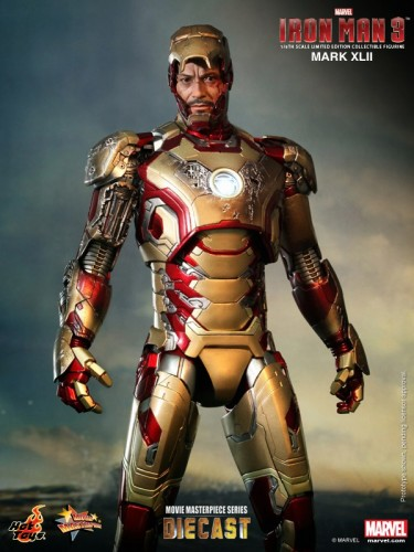 Iron Man 3 mark XLII 42 figura por hot toys criticsight imagen 8