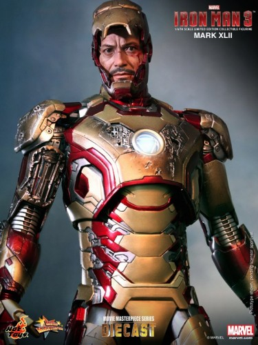Iron Man 3 mark XLII 42 figura por hot toys criticsight imagen 9