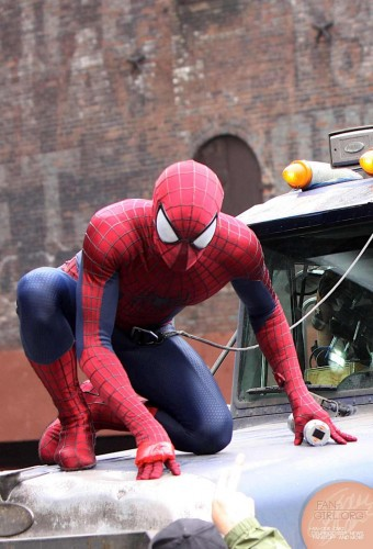 Spiderman vs Rhino en Amazing Spiderman 2 criticsight imagen 2