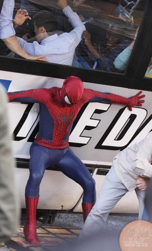 Spiderman vs Rhino en Amazing Spiderman 2 criticsight imagen 9