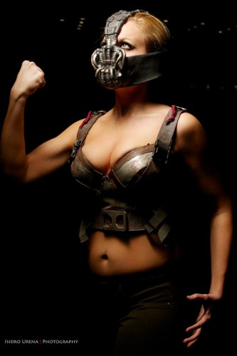 Fotos cosplayers criticsight bane1
