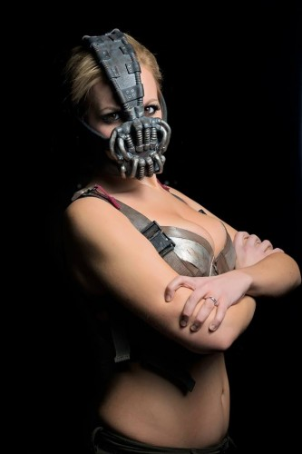 Fotos cosplayers criticsight bane2