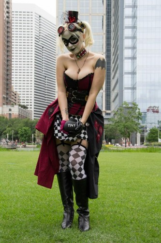 Fotos cosplayers criticsight harley 3
