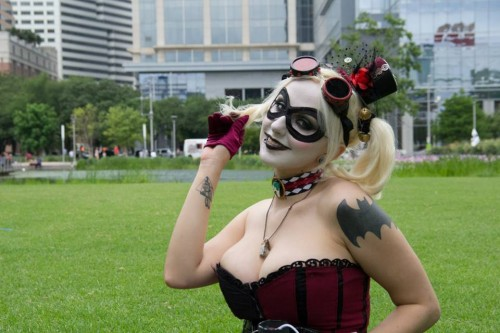 Fotos cosplayers criticsight harley 5