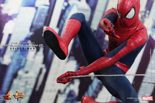 GAME TOYS Figura de Spidy de The Amazing Spiderman 2 por Hot Toys criticsight