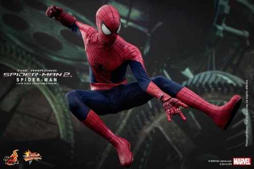 GAME TOYS Figura de Spidy de The Amazing Spiderman 2 por Hot Toys criticsight 11