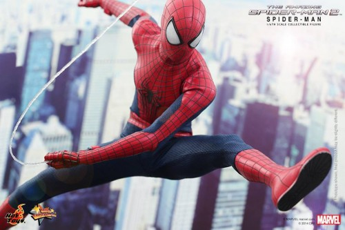 GAME TOYS Figura de Spidy de The Amazing Spiderman 2 por Hot Toys criticsight 5