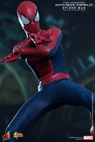 GAME TOYS Figura de Spidy de The Amazing Spiderman 2 por Hot Toys criticsight 9