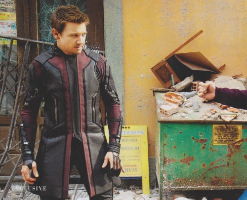 Así Luce Hawkeye en Age of Ultron criticsight 1