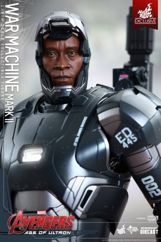 Set de Fotos de la Figura de War Machine Mark II en Avengers Age of Ultron por Hot Toys criticsight imagen 3